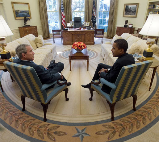President_George_W._Bush_and_Barack_Obama_meet_in_Oval_Office.jpg